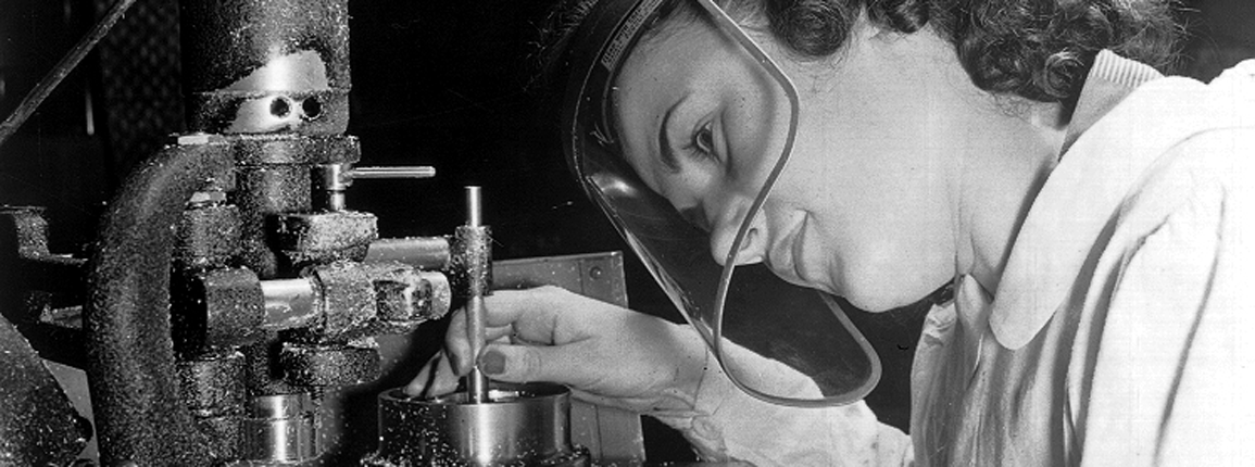 Women Aircraft Construction, 1942